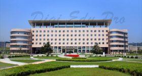 Dalian_University_of_Foreign _languages-campus1