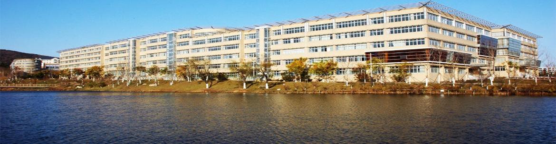 Dalian_University_of_Foreign _languages-slider3