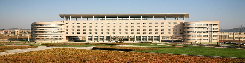 Dalian_University_of_Foreign _languages-slider2